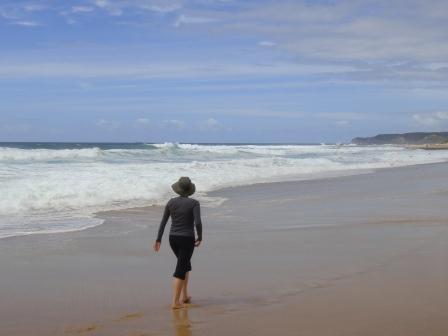 beachwomansunsmarthatclothing
